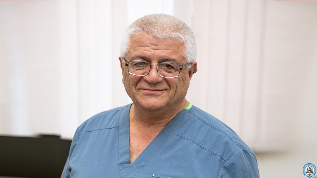 Մուշեղ Միրիջանյանը վստահ է՝ վիրաբուժությունը մասնագիտություն է, որը պետք է սիրել՝ նվիրվել