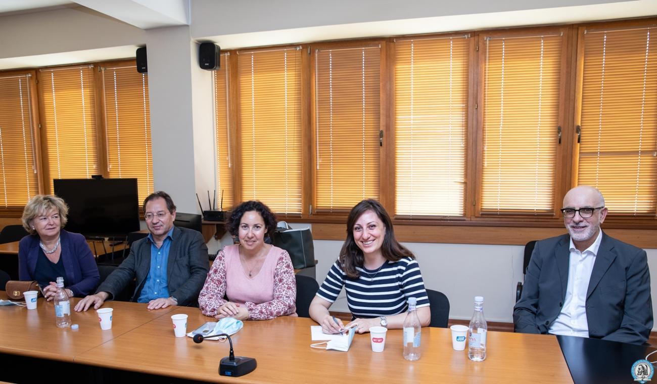 Բժշկական բուհը կխորացնի համագործակցությունը Լիոնի Վինաթիե կլինիկայի և Բրյուսելի Բաց համալսարանի հետ