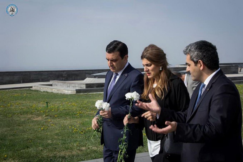 Հորդանանի Արքայադուստրն այցելեց Ծիծեռնակաբերդ եւ հարգեց Հայոց ցեղասպանության զոհերի հիշատակը